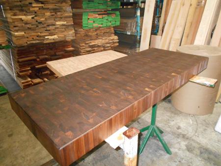 Prefinished Walnut End Grain Butcher Block Countertop
