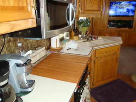 custom size red oak butcher block countertop quote and order online. Black Bedroom Furniture Sets. Home Design Ideas